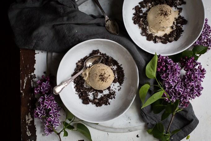 sorvete de alho negro